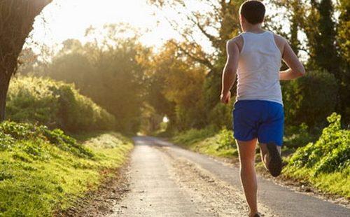 Apakah Olahraga Lari Bagus Untuk Meninggikan Badan? Kok Bisa..