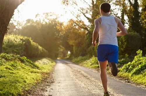 Apakah Olahraga Lari Bagus Untuk Meninggikan Badan