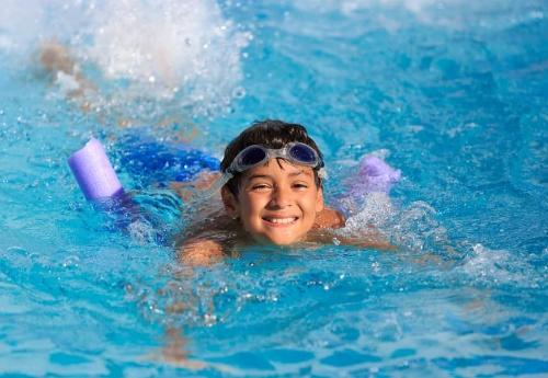 Gerakan Latihan Berenang Bisa Menambah Tinggi Badan
